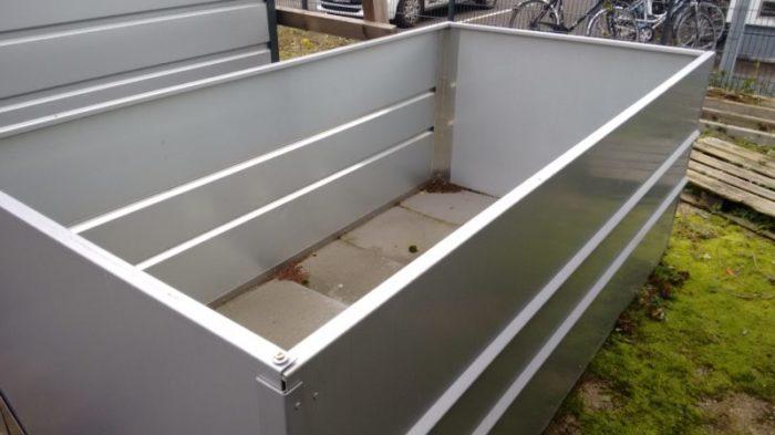 Schrottbox für KFZ-Werkstatt